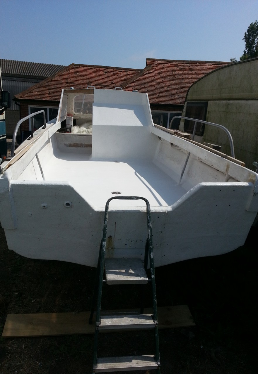 Fibreglass Boat Repair 01